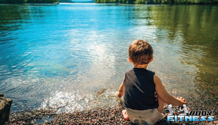 ฝึกว่ายน้ำ แต่เด็กดีอย่างไร ทำไมควรให้ลูกทำ